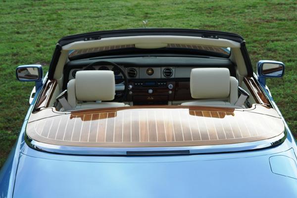 Vintage 1945 Tourbillon sous pont d'or : mettez une Girard-Perregaux dans votre Rolls-Royce