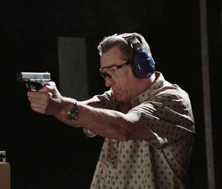 La Loi et l'Ordre : Al Pacino porte une Tutima Chronographe Flieger F2