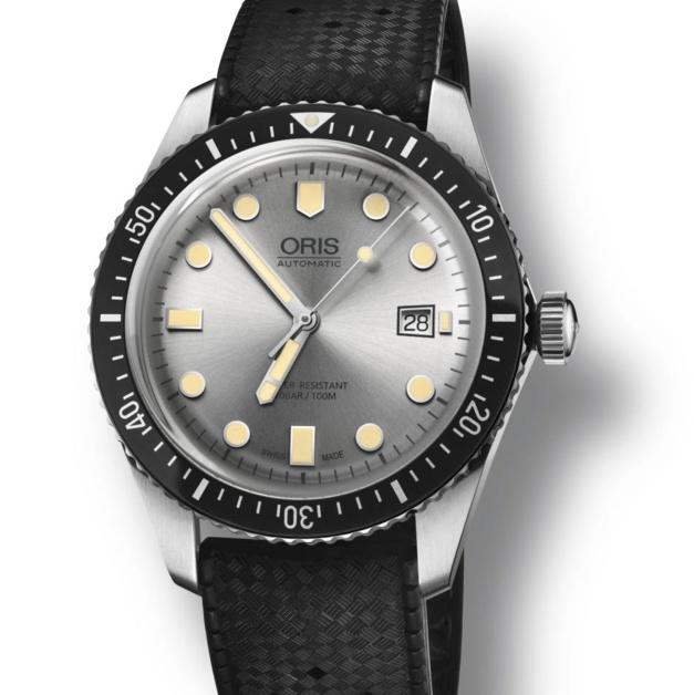 Oris Divers Sixty-Five cadran argent