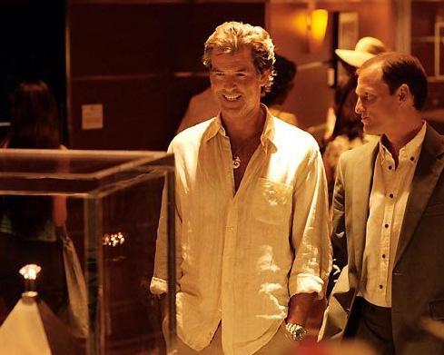 Coup d'éclat : Pierce Brosnan porte une Panerai Luminor Marina