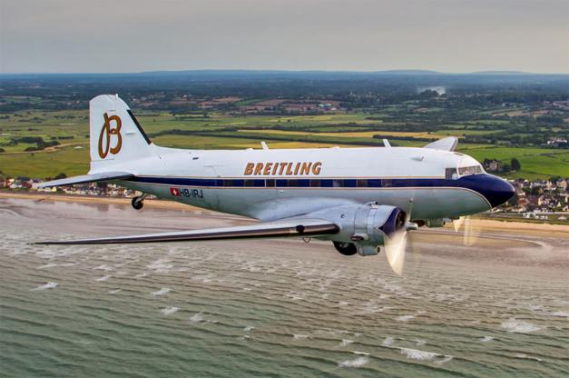 Breitling : son DC-3 embarque une Navitimer au tour du monde
