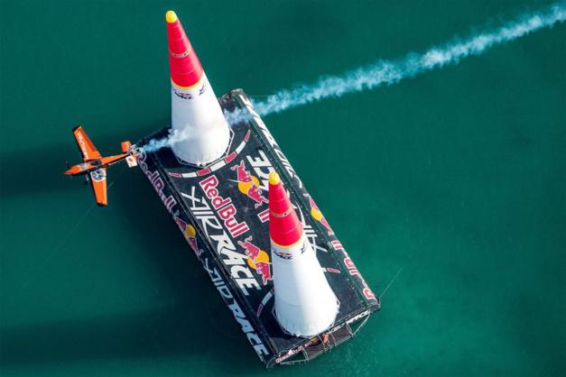Hamilton : chronométreur du Red Bull Air Race World Championship