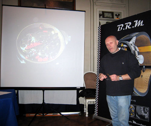 Bernard Richard présente son tourbillon