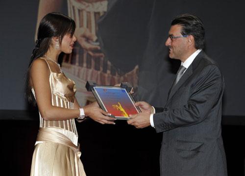 Grand Prix de l'horlogerie de Genève : Vacheron Constantin remporte le Prix Montre Homme avec son modèle « Quai de l'Ile »