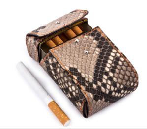 Origami : de splendides cache-paquets de cigarettes en cuir chez ABP