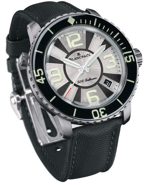 500 Fathoms : Blancpain présente une nouvelle montre de plongée étanche à 1000 mètres