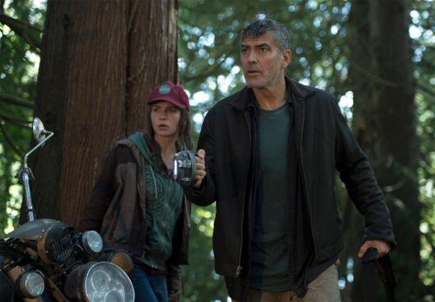 A la poursuite de demain : George Clooney porte une Omega Constellation vintage