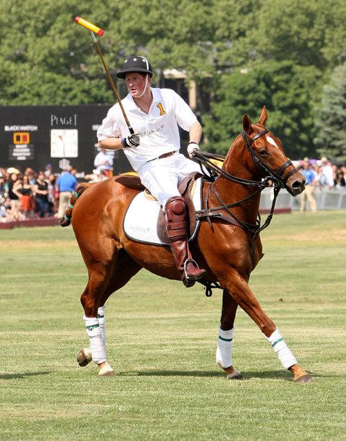 Une Piaget Polo Fortyfive comme récompense pour l'équipe de Polo du Prince Harry