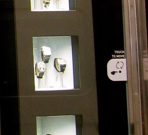 Le Carrousel Dietlin : une petite révolution dans l'exposition des montres en vitrine