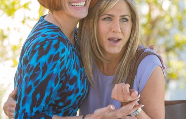 Joyeuse fête des mères : Jennifer Aniston porte une Omega Constellation