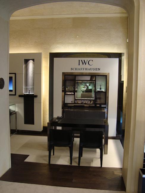 Milliaud ouvre un corner IWC rue Royale à Paris