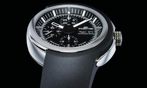 Cargo : Martin Rapold porte une Fortis Spaceleader chronograph