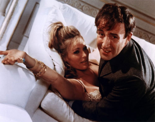 Casino Royale : Peter Sellers porte une Rolex GMT Master