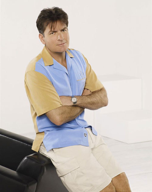 Mon oncle Charlie : Charlie Sheen porte une Rolex Yachtmaster