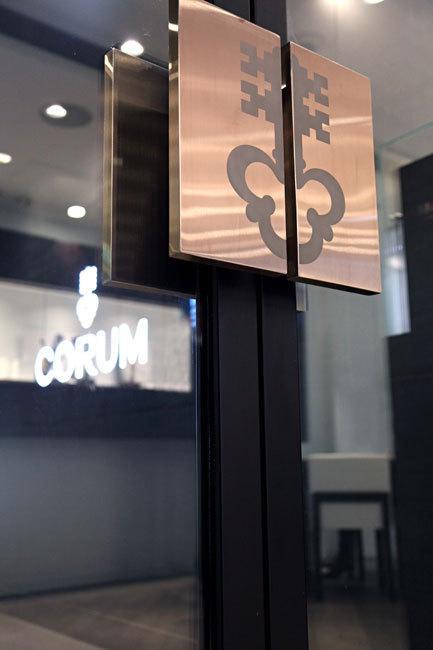 Corum ouvre une boutique à Hong Kong