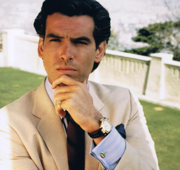 La noble maison : Pierce Brosnan porte une Pasha de chez Cartier