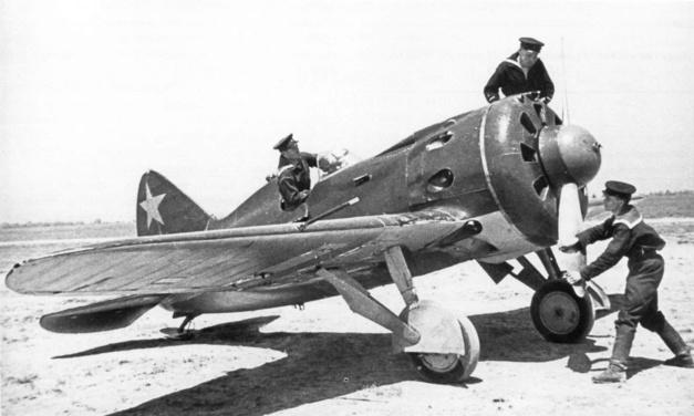 TNT I16-Aviator 1944 : intéressante montre de pilote avec calibre historique Laco