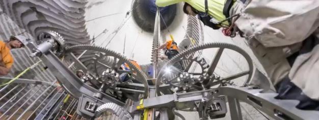 Jeff Bezos : lancement d'une horloge mécanique qui donnera l'heure pendant dix mille ans