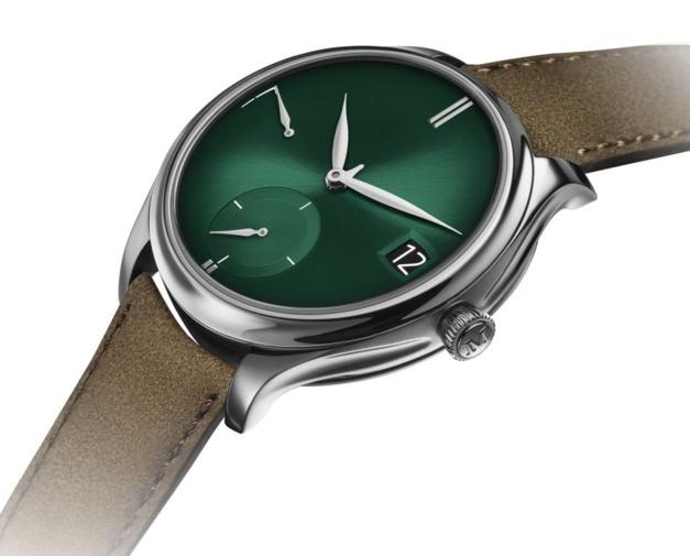 "Moser Endeavour Perpetual Calendar ""cosmic green"""