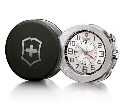 Travel Alarm : le réveil de voyage selon Victorinox Swiss Army