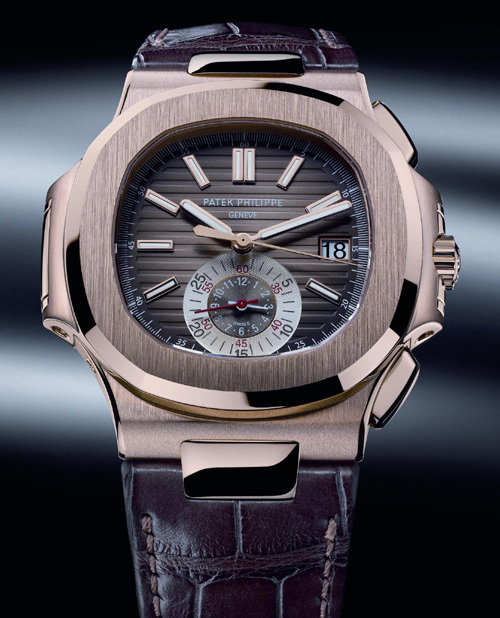Chrono Nautilus Patek Philippe référence 5980R en or rose 18 carats sur bracelet cuir