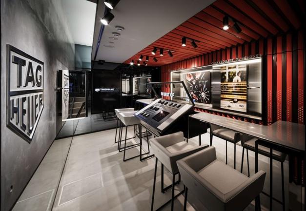 Tokyo :  connectivité à tous les niveaux pour la boutique TAG Heuer de Ginza