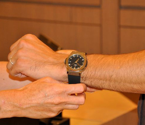 Passion Horlogère : rencontre avec un jeune homme comblé par sa montre Hublot Big Bang Classic Zirconium