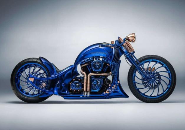 Bucherer présente une Harley Davidson Blue Edition
