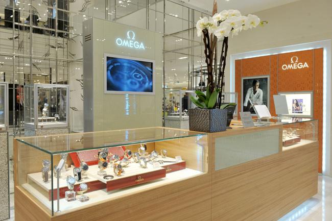 Omega ouvre une boutique exclusive au Printemps Hausmann