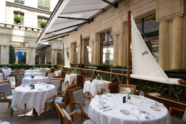 Le Panerai Yacht Club fait escale au Park-Hyatt Vendôme