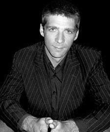 La contrefaçon en trois questions : interview de Fabrice Guéroux, auteur de Vraies et fausses montres