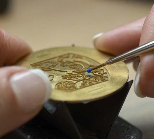 Made in Cartier : Cartier, une manufacture à La Chaux-de-Fonds…