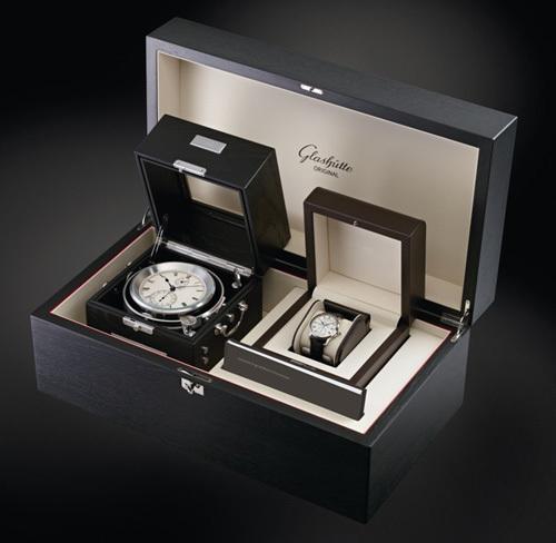 Glashütte Original : un splendide coffret associant un chronomètre de marine à une Senator chronomètre platine