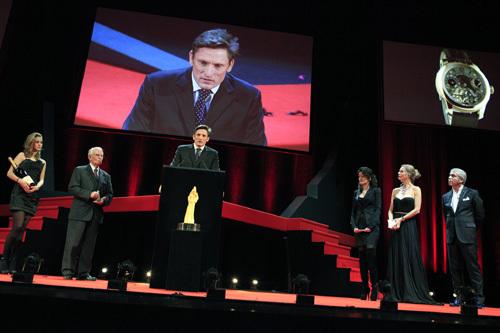Grand Prix d'Horlogerie 2010 : Aiguille d'Or pour le Double Tourbillon 30° Edition Historique de Greubel Forsey