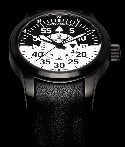 Fortis B-42 Flieger Black Cockpit GMT : Limited Edition 2012 : une montre lumineuse…