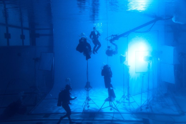 Daniel Craig pub Omega Seamaster Diver 300M