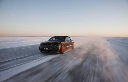 Breitling : une Bentley Supersports bat le record du monde de vitesse sur glace
