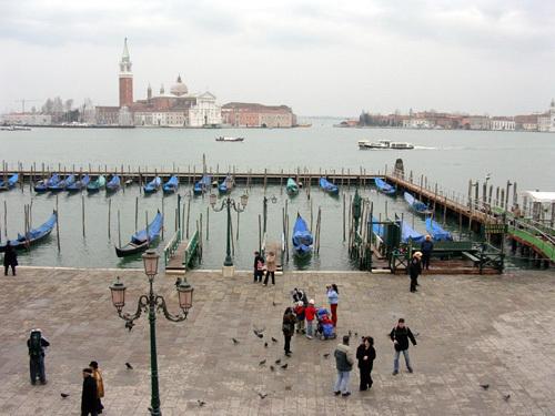 Swatch s'associe à la 54ème Biennale di Venezia, Exposition internationale d'art contemporain