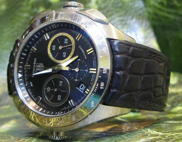 Bracelet gainé sur insert d'origine sur une montre Tag Heuer Mercedes Benz