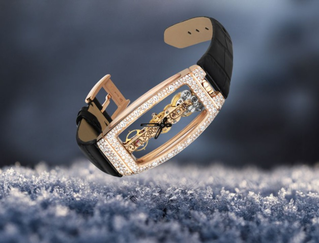 Corum Golden Bridge serti neige