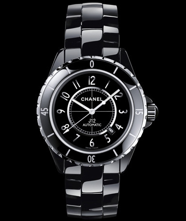 Chanel : la J12 arrive en 2011 dans une version en 42 mm