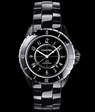 Chanel : la J12 arrive en 2011 dans une version en 42 mm