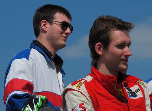 Pierre-Olivier, à gauche, en compagnie de Stéphane Romecki