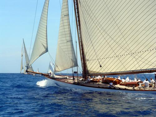 Les voiles d'Antibes : Rowdy, Mariska, Arcadia et Savannah remportent les prix Officine Panerai