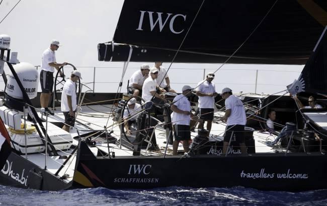 IWC : le yacht de l'office du tourisme d'Abu Dhabi fait ses débuts à Portofino en Italie