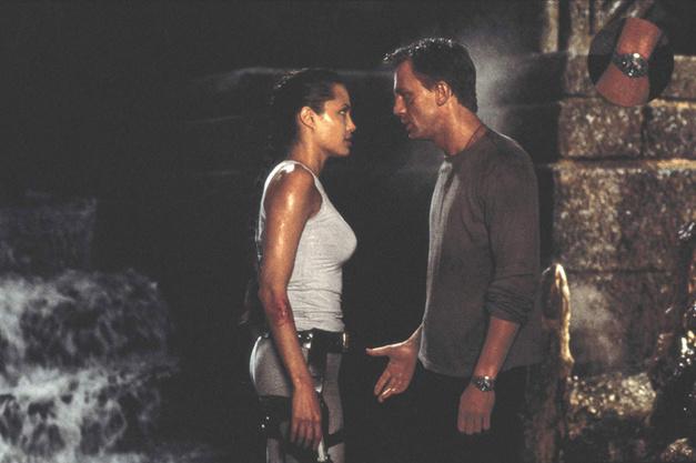 Lara Croft Tomb Raider, Daniel Craig, Breitling Chronomat