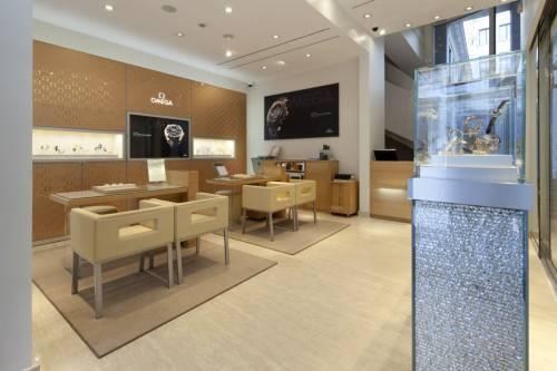 Omega : un nouveau concept pour la boutique Saint Honoré à Paris