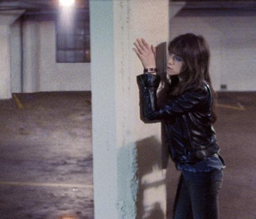Charlotte Gainsbourg dans le clip Terrible Angels