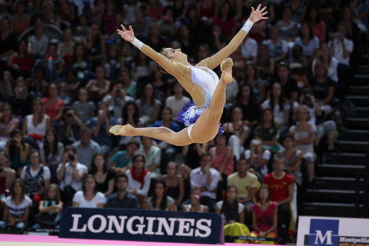 Championnats du monde de gymnastique rythmique : Delphine Ledoux reçoit le Prix de l'Elégance Longines à Montpellier
