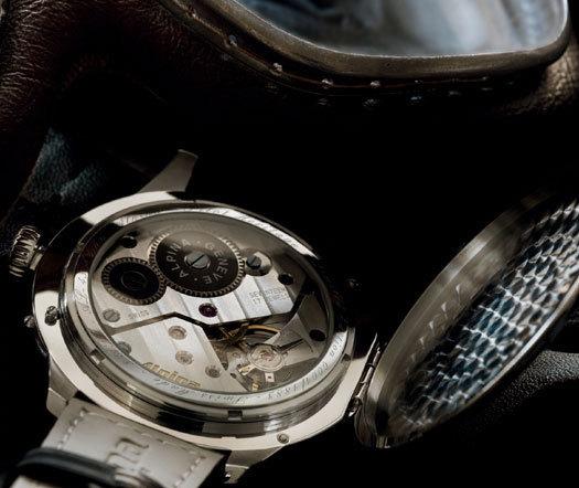 Alpina Heritage Pilot : imposante montre d'aviateur au look vintage